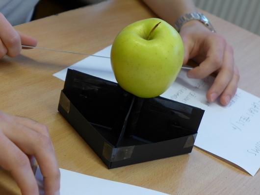 izturība | galds | ābols | melns